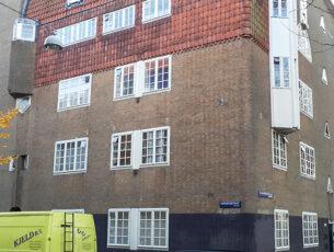 spaarndam-de-ronde-hoek-is-kenmerkend-voor-de-amsterdamse-school